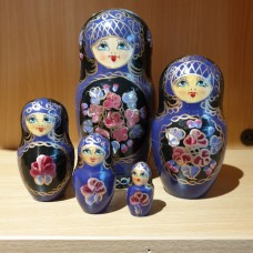 5 Piece Russian Doll  Kobalt design