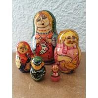 5 piece Knitting lady Russian Doll