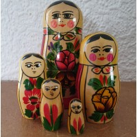 5 piece Vintage Semyenov  Russian Doll
